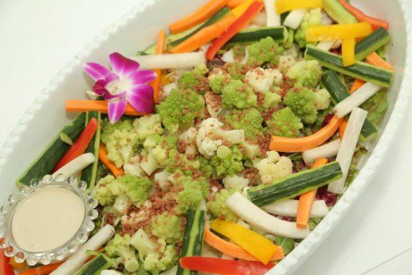 ボイル野菜とスティック野菜のバーニャカウダー